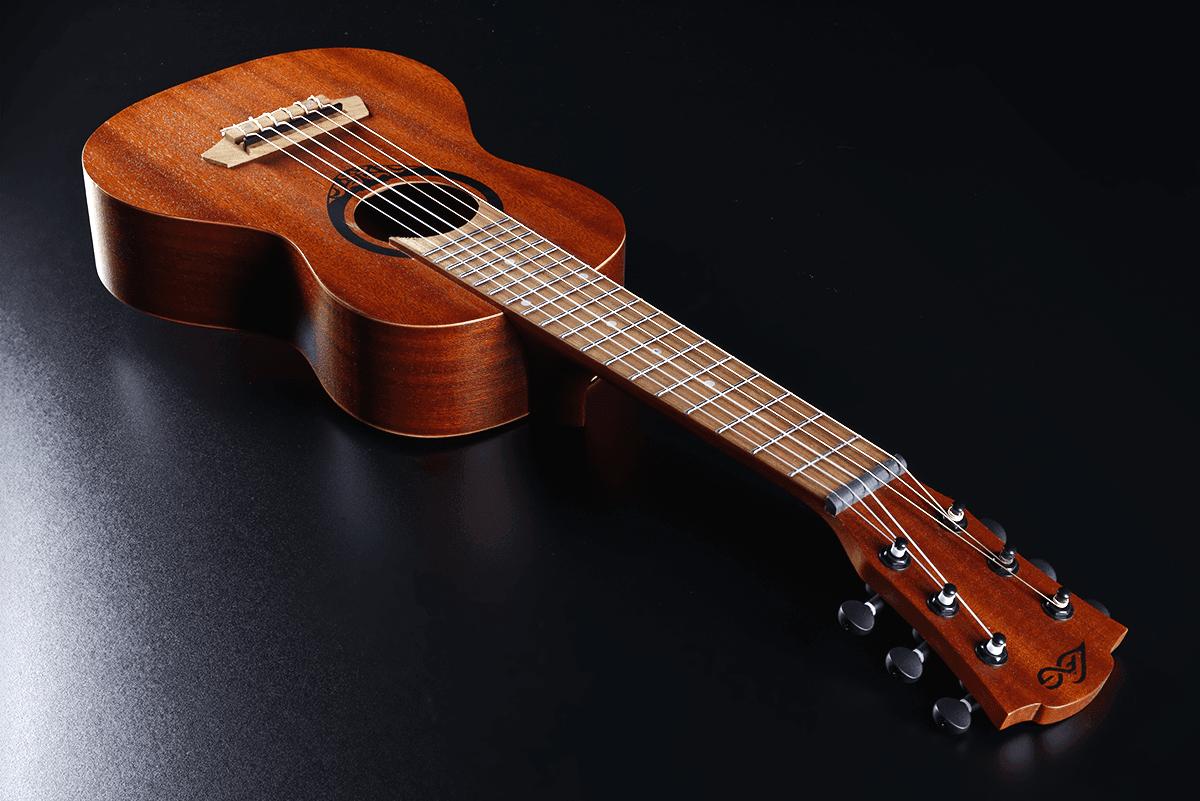 Lâg Baby guitar TKT8 (4)
